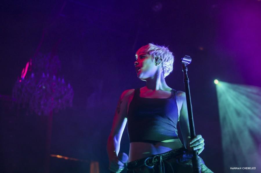 Album Review Halsey Badlands: Halsey's Majestic 'Badlands' Tour Defines The 'New