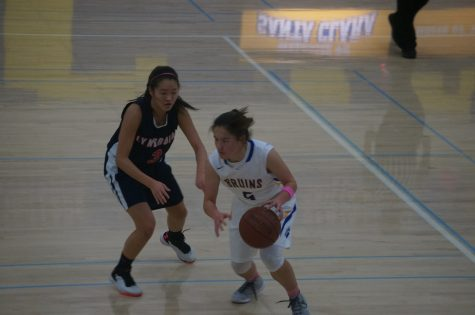 Santa Clara girls varsity wins against Lynbrook on breast cancer awareness night